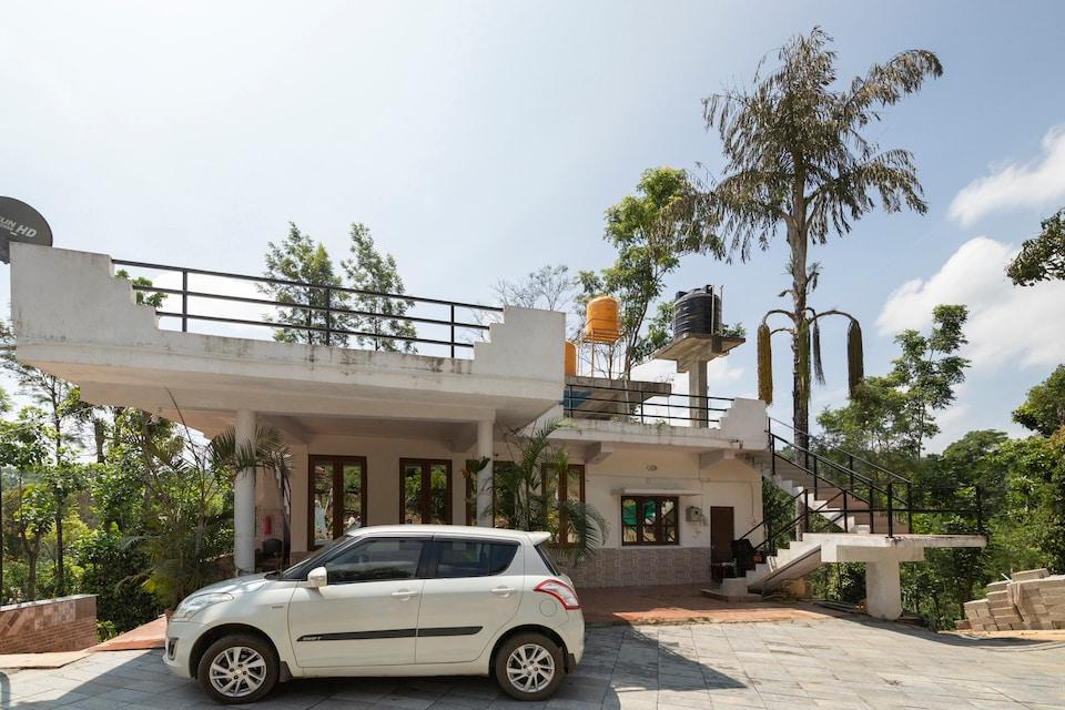 OYO 71554 Sana Estate Stay