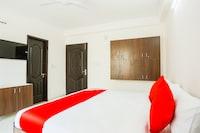 OYO 71557 Sunset Inn