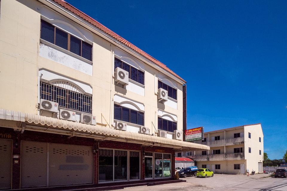 OYO 836 Pk Residence, Sattahip Main Road P2, Chonburi