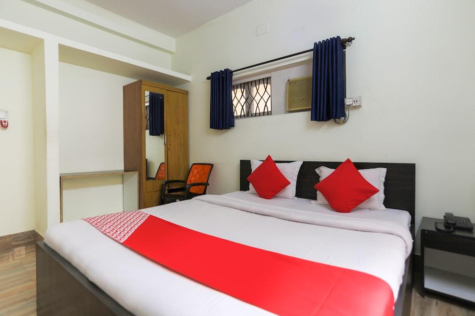 OYO 71576 Hotel Nanda