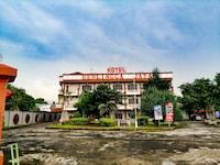 OYO 3290 Hotel Herlingga Jaya