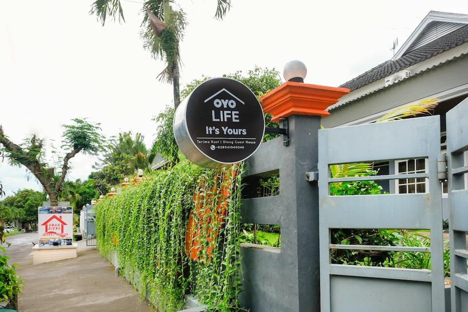 OYO Life 3292 Dieng Guest House, Malang Kota, Malang