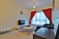OYO 511 Home Lakepoint N2 Tower 304,1BHK
