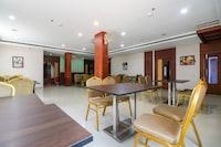 CAPITAL O71581 Hotel Royal Kallada Residency