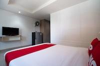 OYO 839 Next At Rayong Hotel