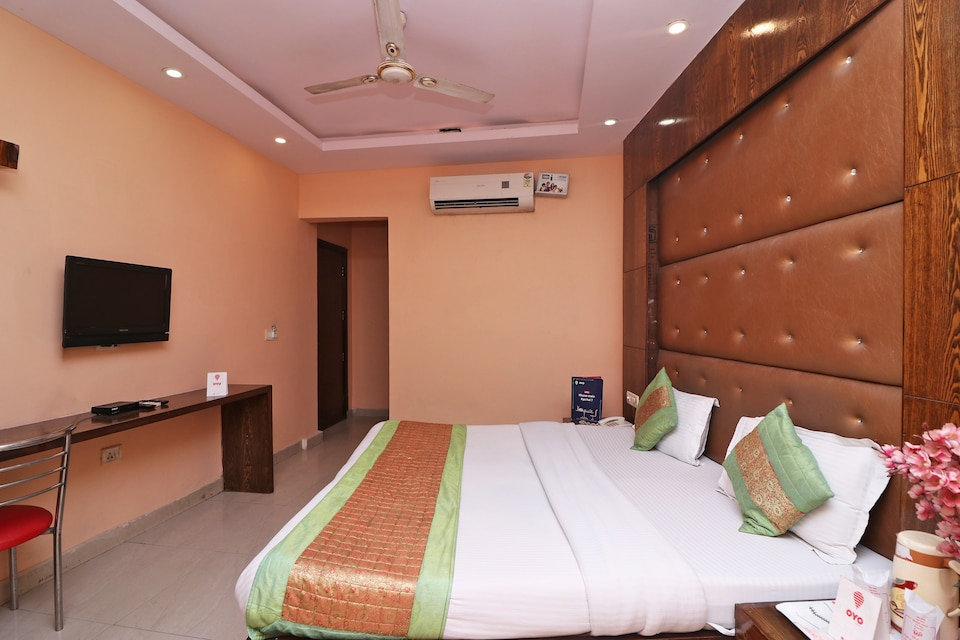 Hotel Maharani Palace