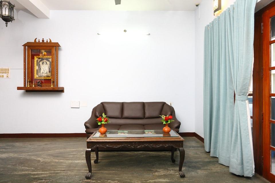 Santhi inn