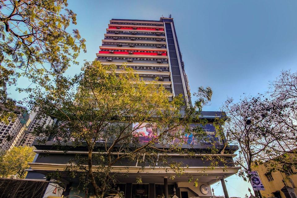 021 Bombay Exhibition Centre