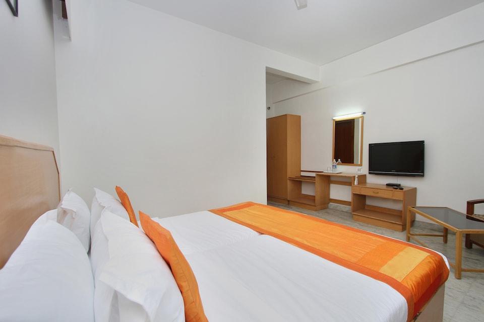Hotel Sai Rennaissance