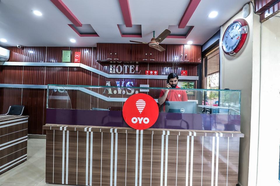 Hotel AVS Residency