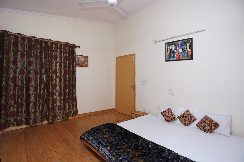10817 Hill View 2BHK