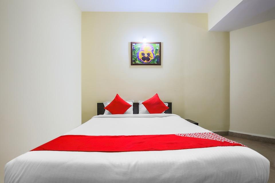 Hotel Nirmala Vilas