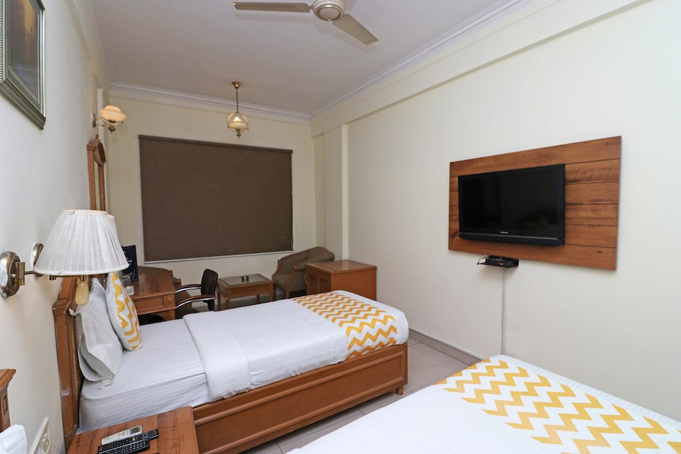 Hotel Altus Residency