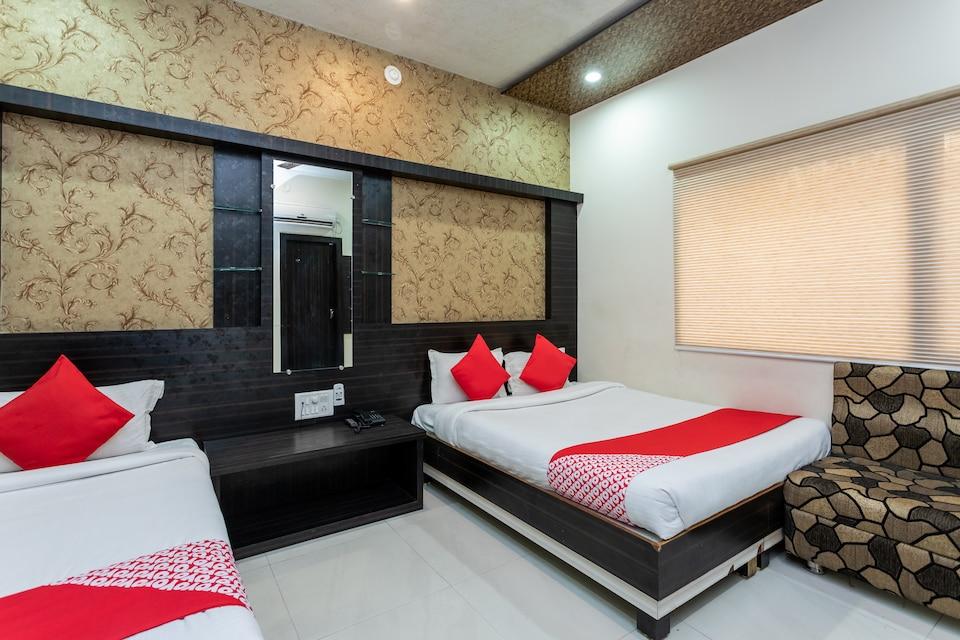 Hotel Sajan Palace
