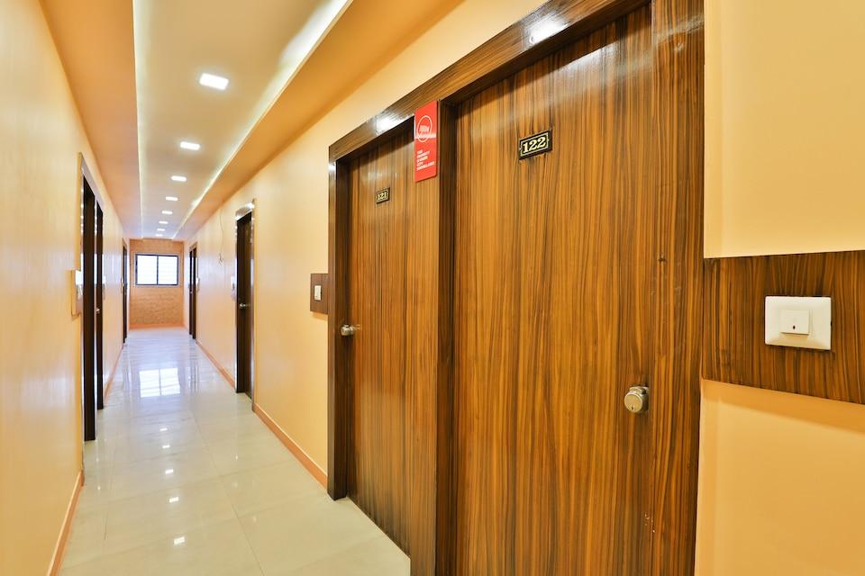 Hotel Mayur Park Residency