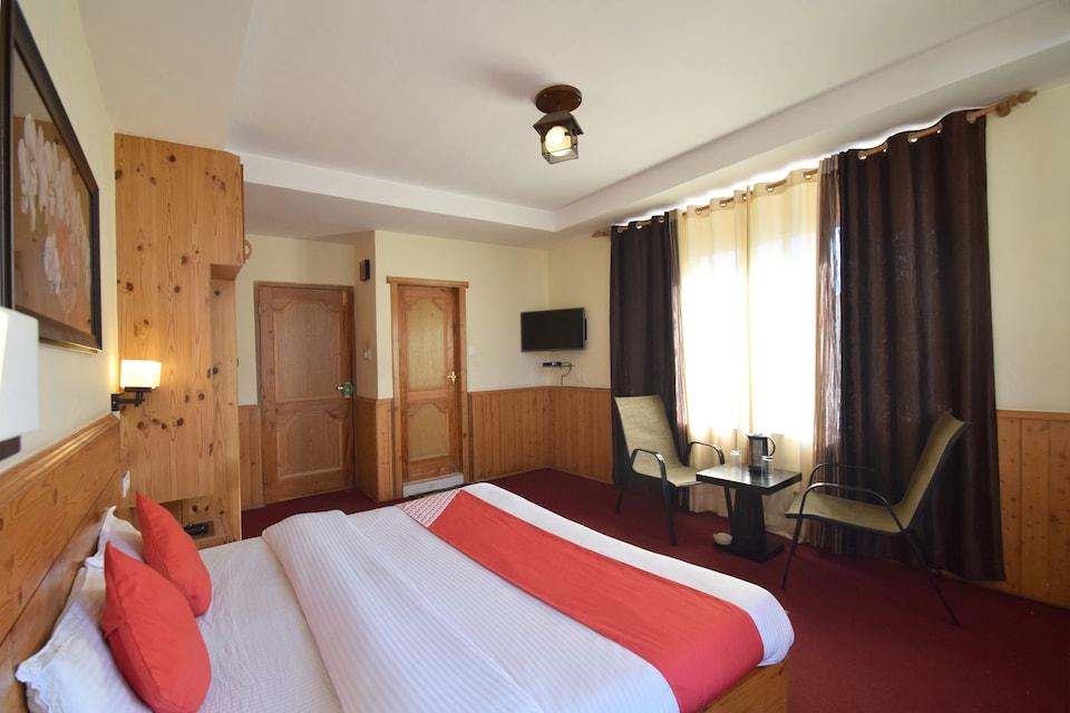 Hotel Golden Meadows
