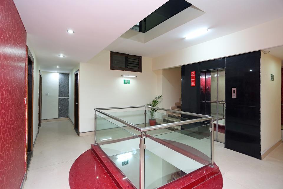 Hotel Satya Villas