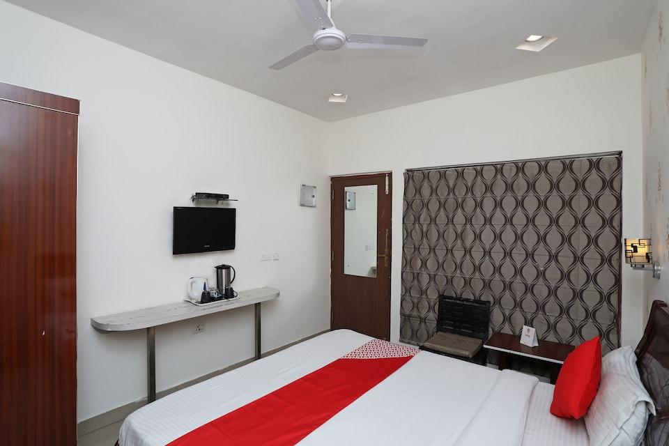 Hotel Gian Residency