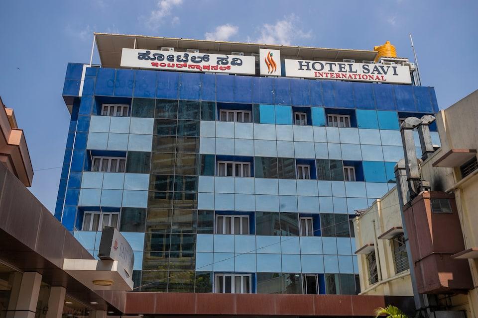 Capital O 13184 Savi International