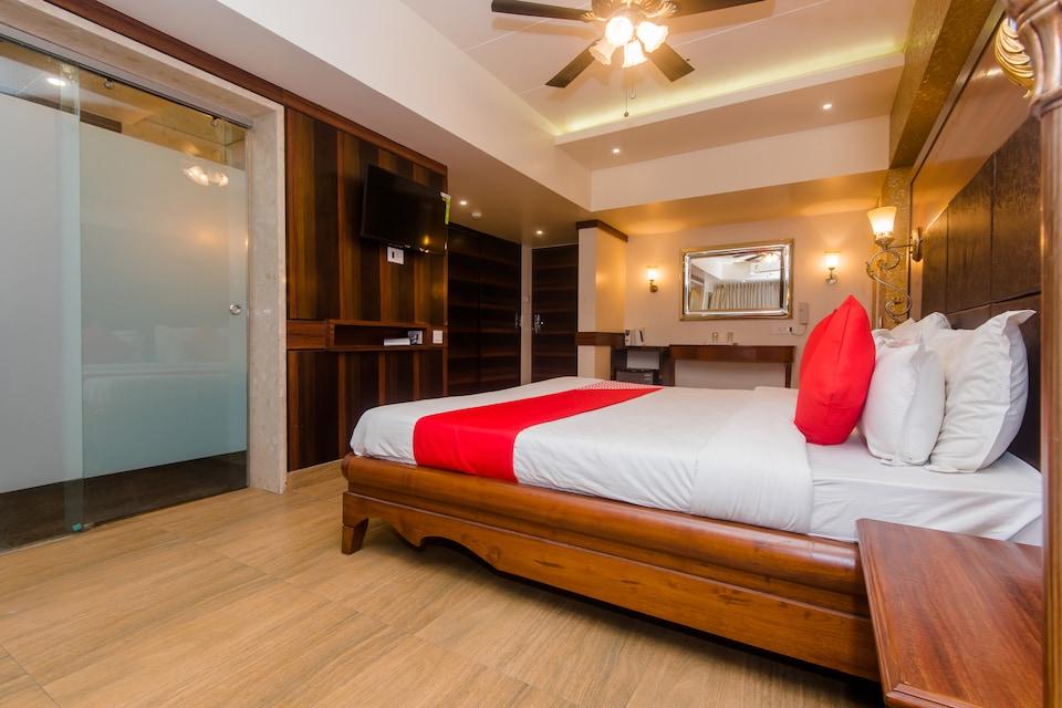Hotel Nakshatra Regency