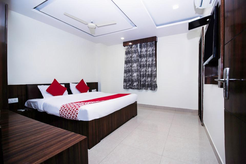 Hotel Galaxy Palace