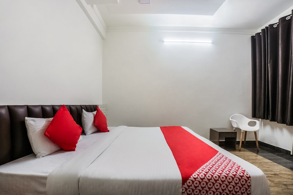 15432 Hotel The Nest