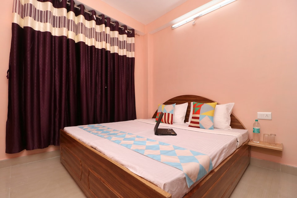 17349 Valley View 2BHK