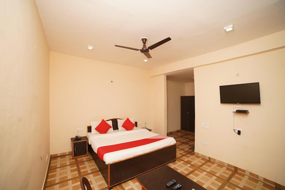 Lord Krishna Himalayan Hotel