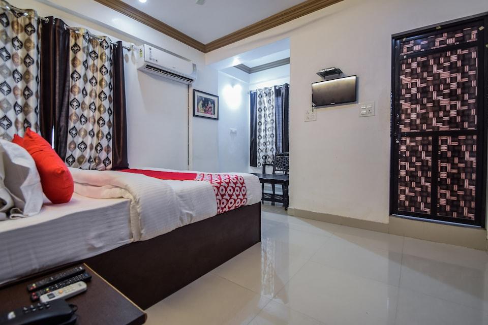 Hotel Marudhara Palace