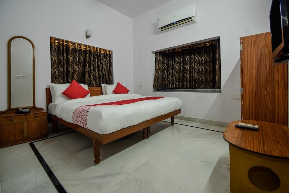 Ashirwad Palace Hotel