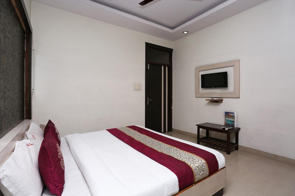 Hotel Kanha Palace