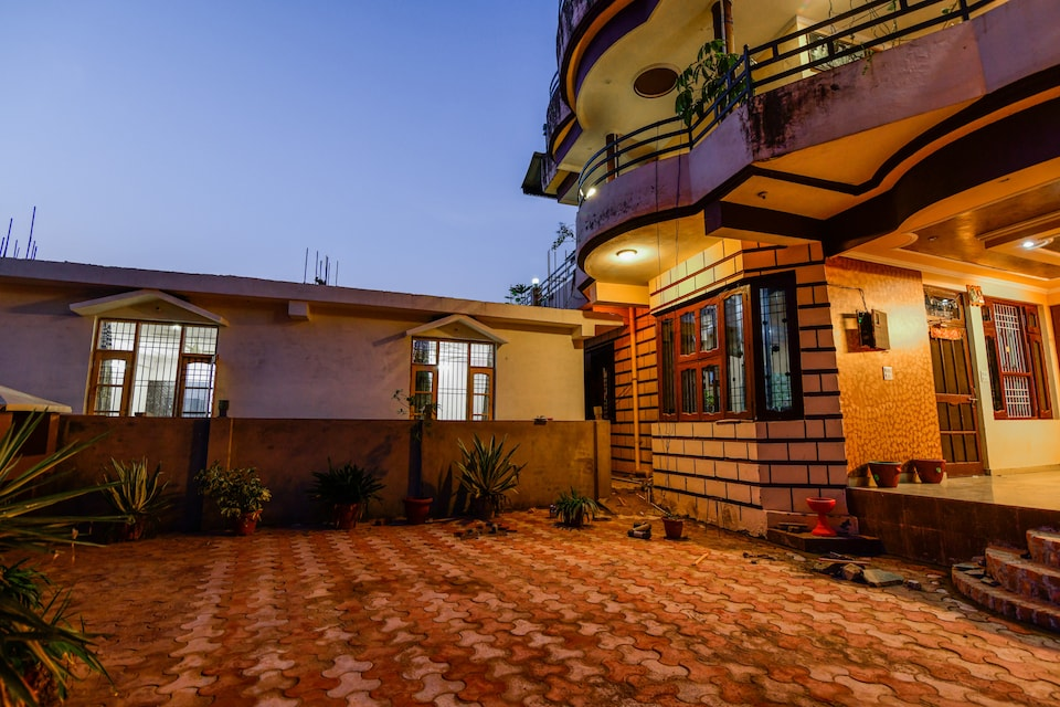 19401 Hill View Stay