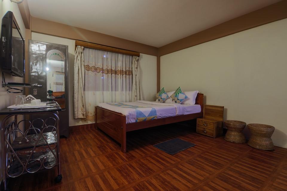 22583 Hilltop View Studio