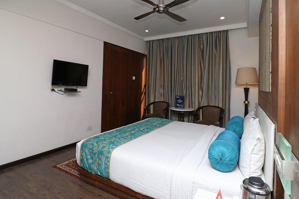 Capital O 3194 Hotel Dayal International