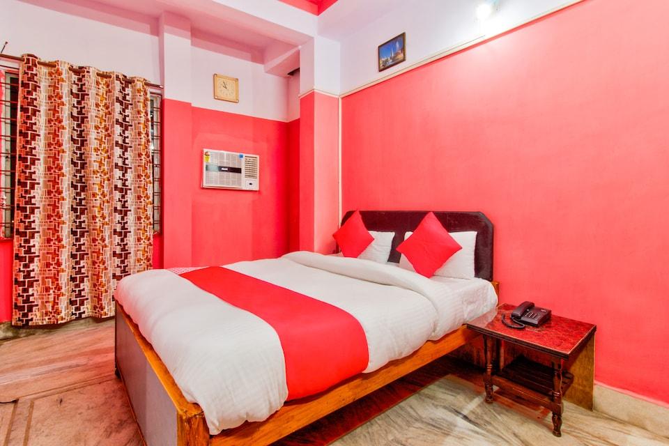 Aastha Hotel