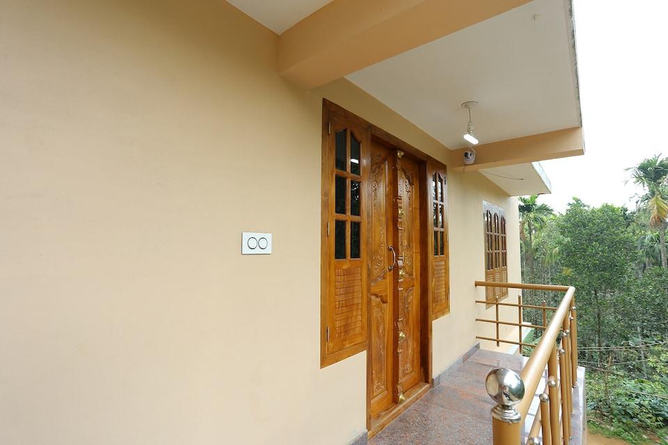 25029 Sandal Wood House