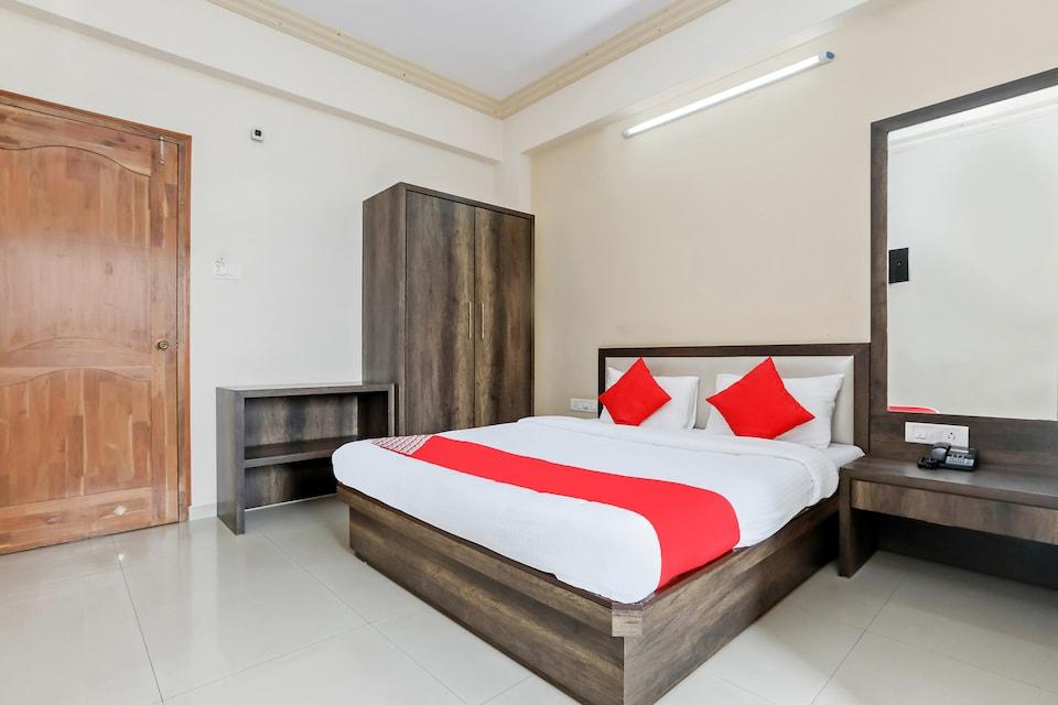 Hotel Prakash International