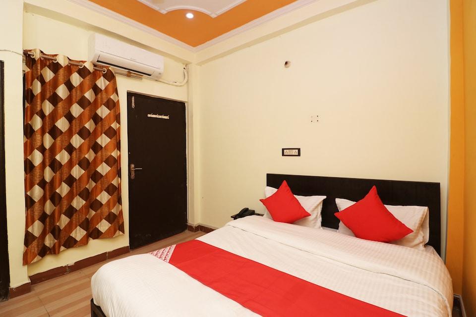 Hotel Sweet Night