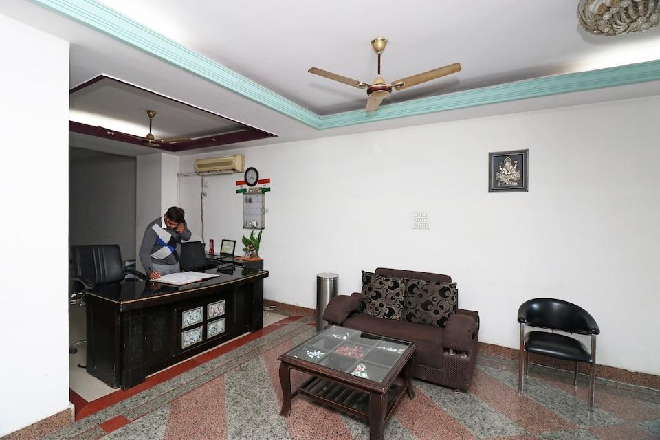 Hotel Dhingra Palace
