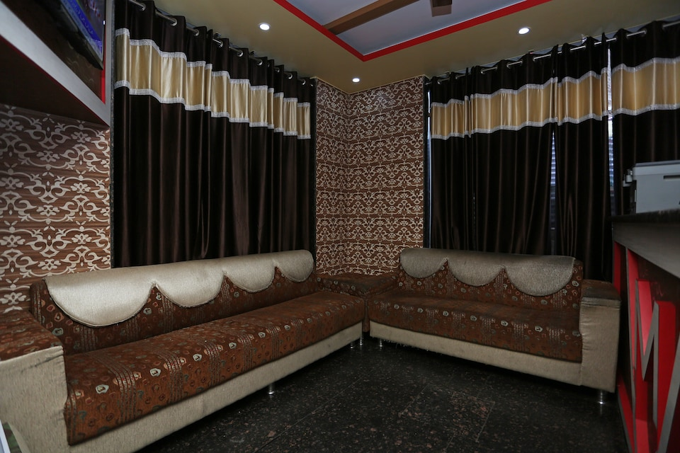 Mk Hotel And Restaurant