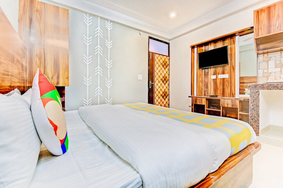 28464 Luxurious Studio Stay