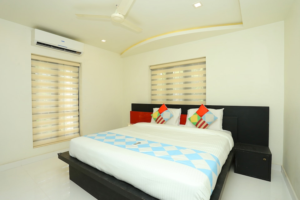 28577 Luxurious Stay