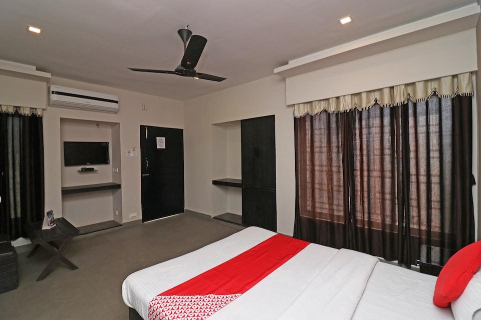 Samriddhi Highway Inn