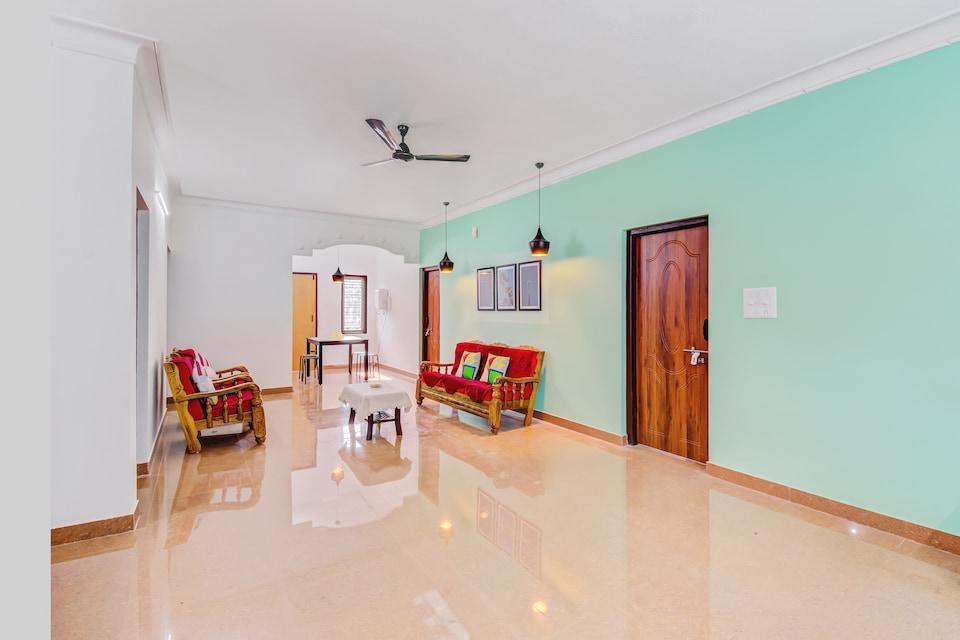 30649 Stylish Stay Near Madikeri Fort