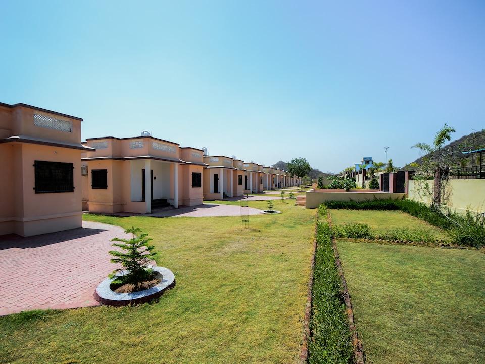 Nakoda Dham Green Valley Resort