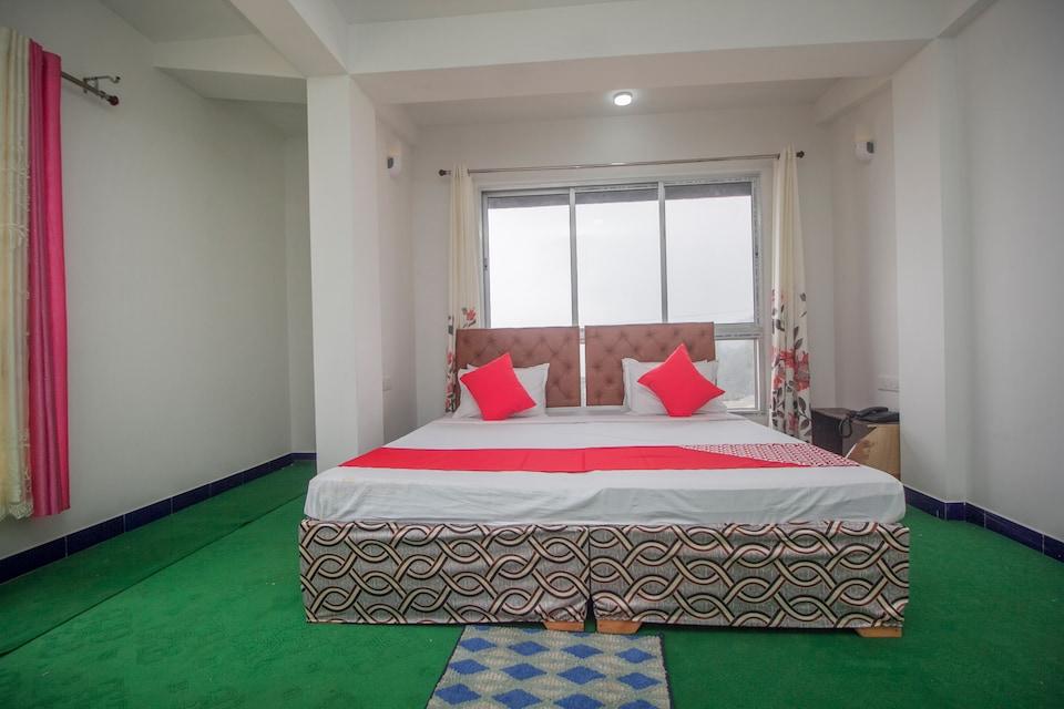Hotel Shantiniketan