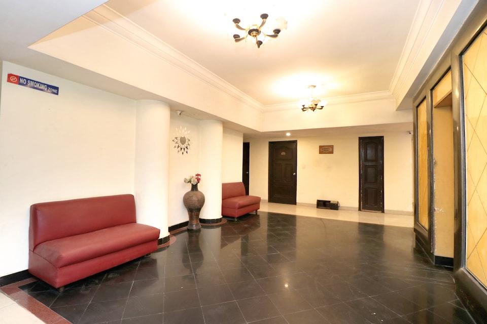 Capital O 36685 Hotel Taksonz