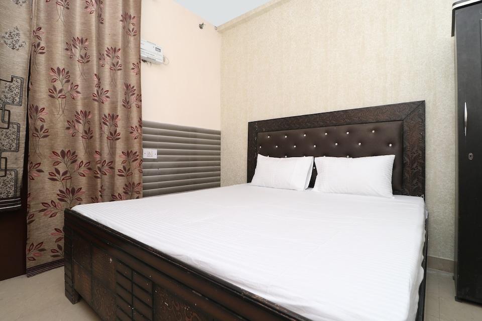 SPOT ON 37136 Hotel Arya