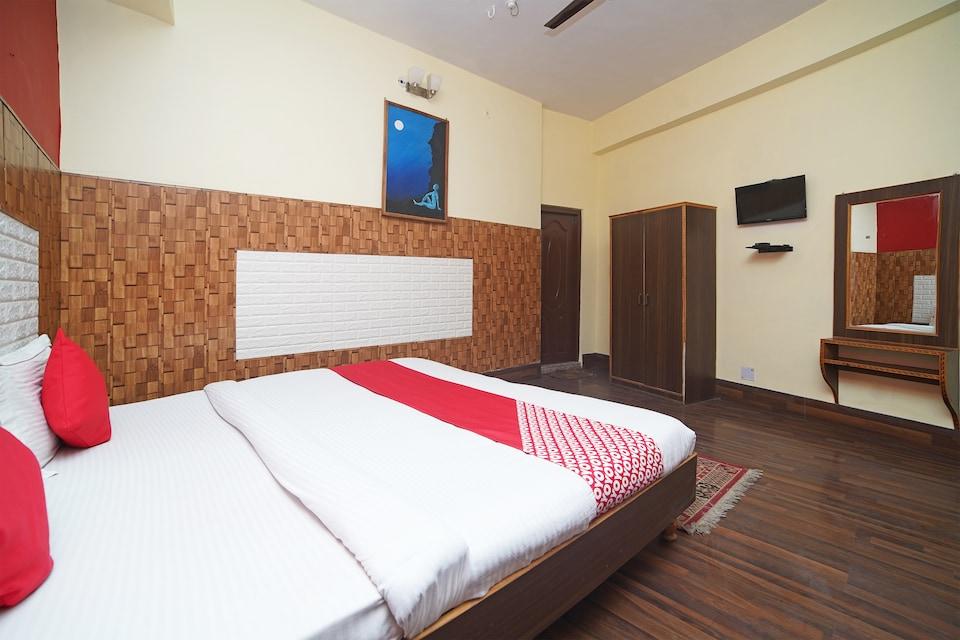 Baakhlee Hotel