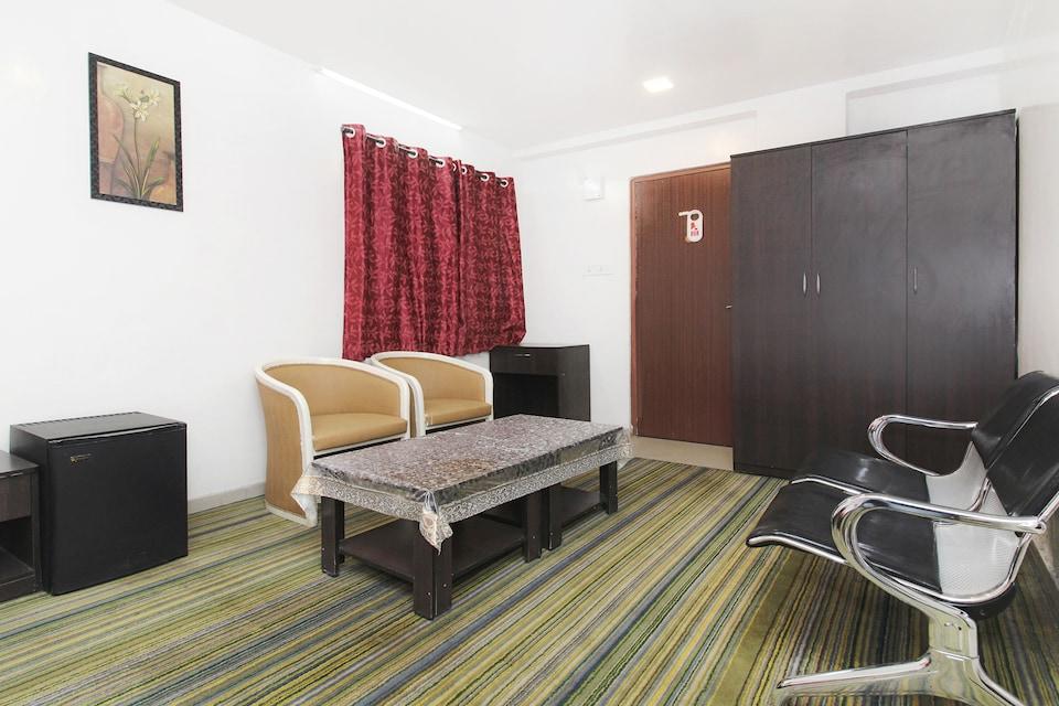 Asian International Hotel